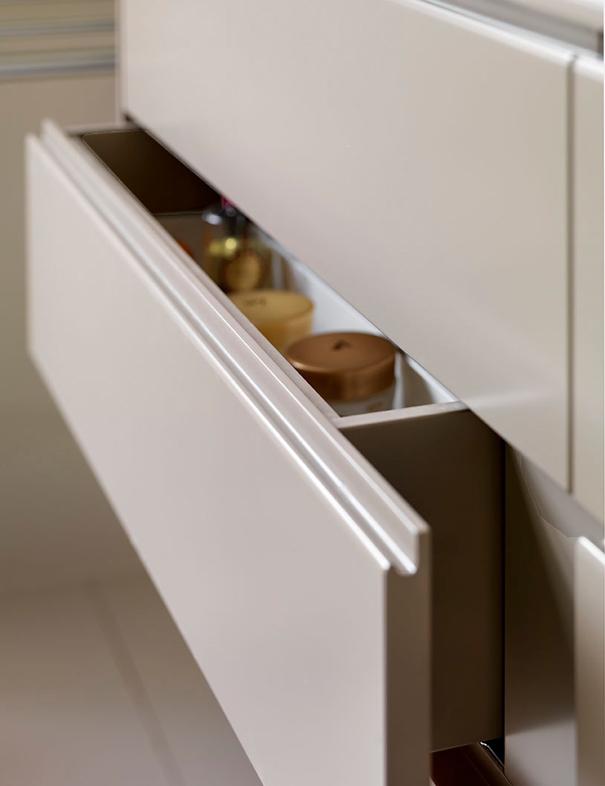 Bathroomcabinet6